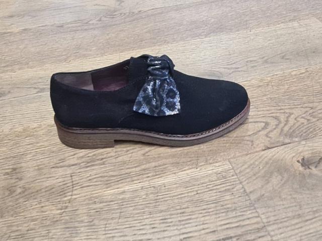 Chaussure Aliwell .semelle crêpe pour un confort de marche sans fatigue