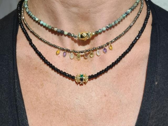 bijoux LEKY JAMES fabrication française plaqué or et pierres semi-précieuses.