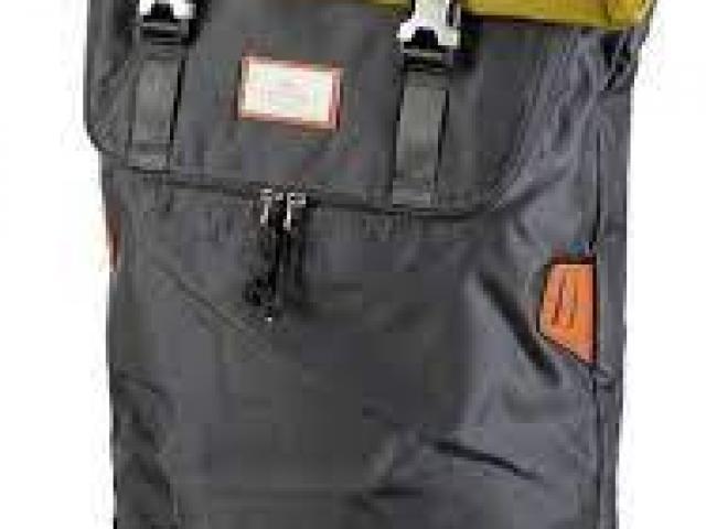 sac a dos DOUGHNUT model CHRISTOPHER CHARCOAL / GRASSY 18L