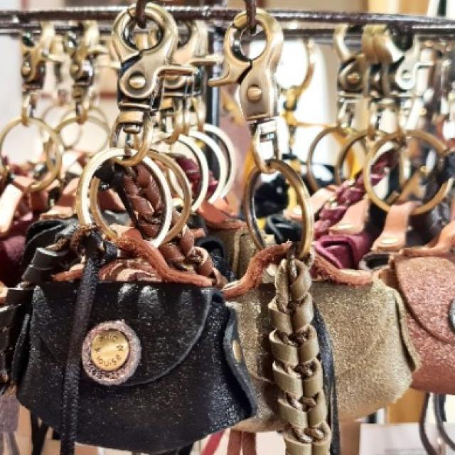 porte clefs mila louise créatrice française (rio et ria)